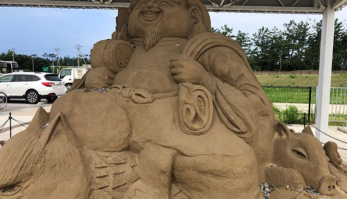 道の駅のと千里浜 砂彫刻